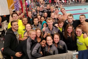 Men's Swimming & Diving