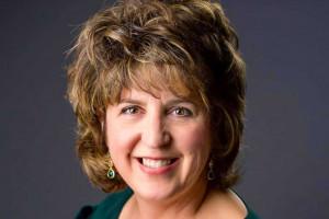 Dr. Julie Turner Wins Women's Leadership Award