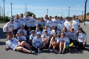 Women's Hockey Team Lends a Hand at Belleville Alzheimer's Walk