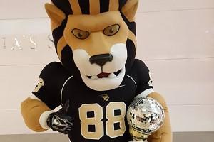 Leo the Lion Wins Second Consecutive Mascot Dance-Off, Beats Fredbird