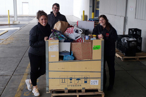 LindenWell Employee Program Collects Over a Half Ton of Food for St. Louis Area Foodbank