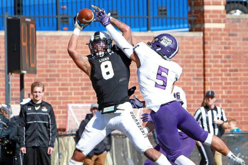Henneman Catching Footballs and the Eyes of NFL Scouts