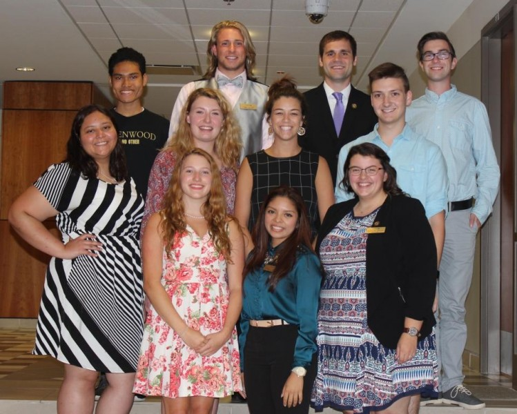 Lindenwoo Student Government Group Picture