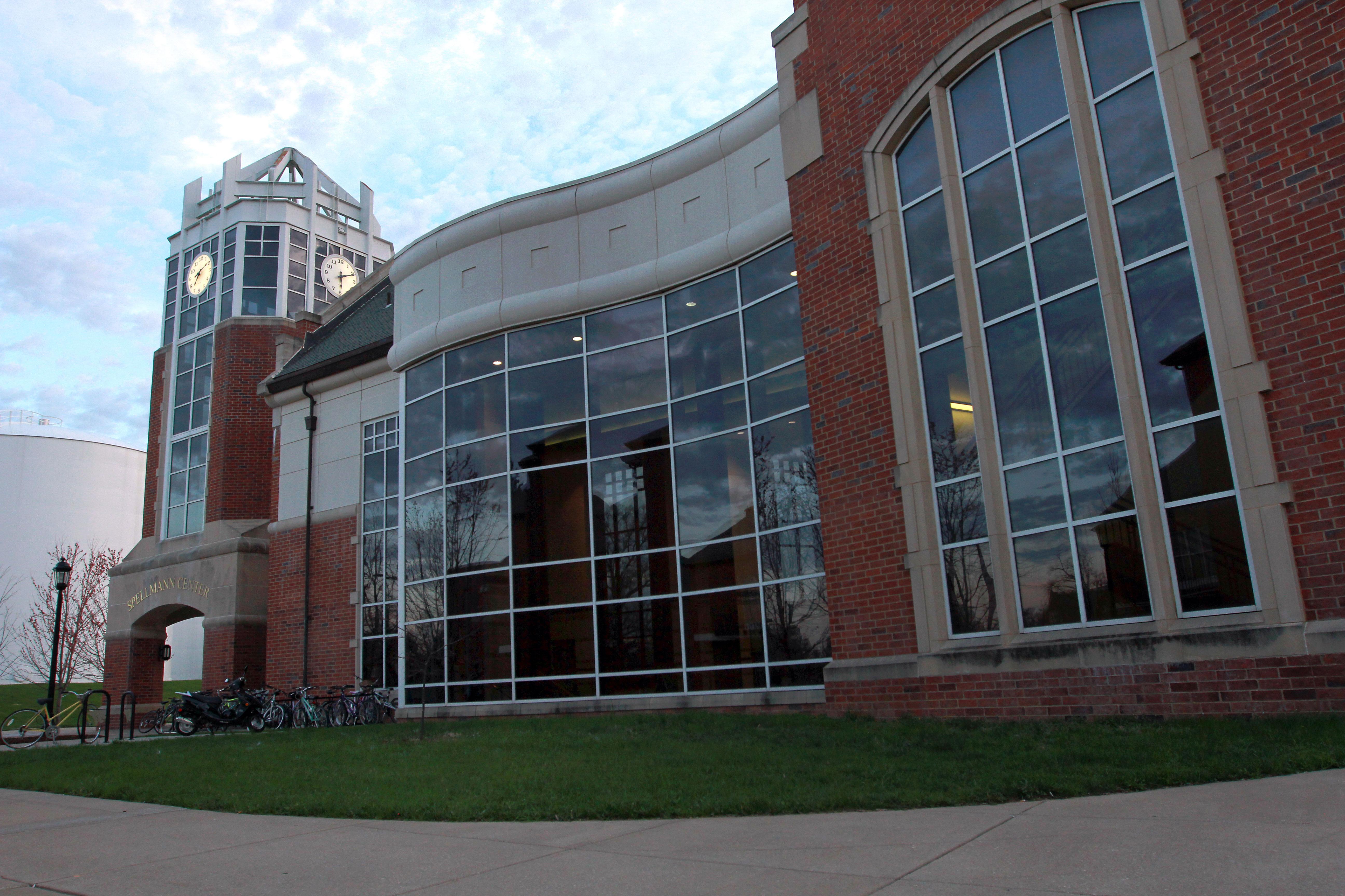 Lindenwood - Spellmann Center / Clock Tower